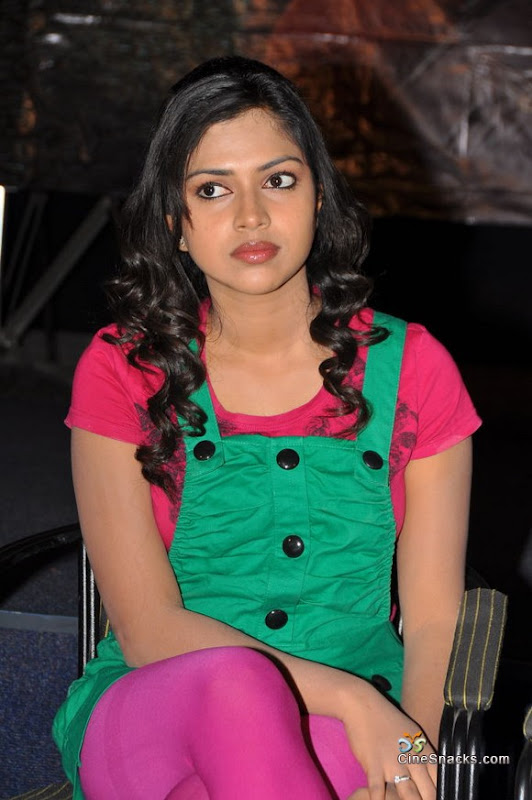 Amala paul new photosstillslatest pictures hot images