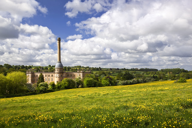 Chipping Norton's Bliss Tweed Mill in the summer sunshine by Martyn Ferry Photography