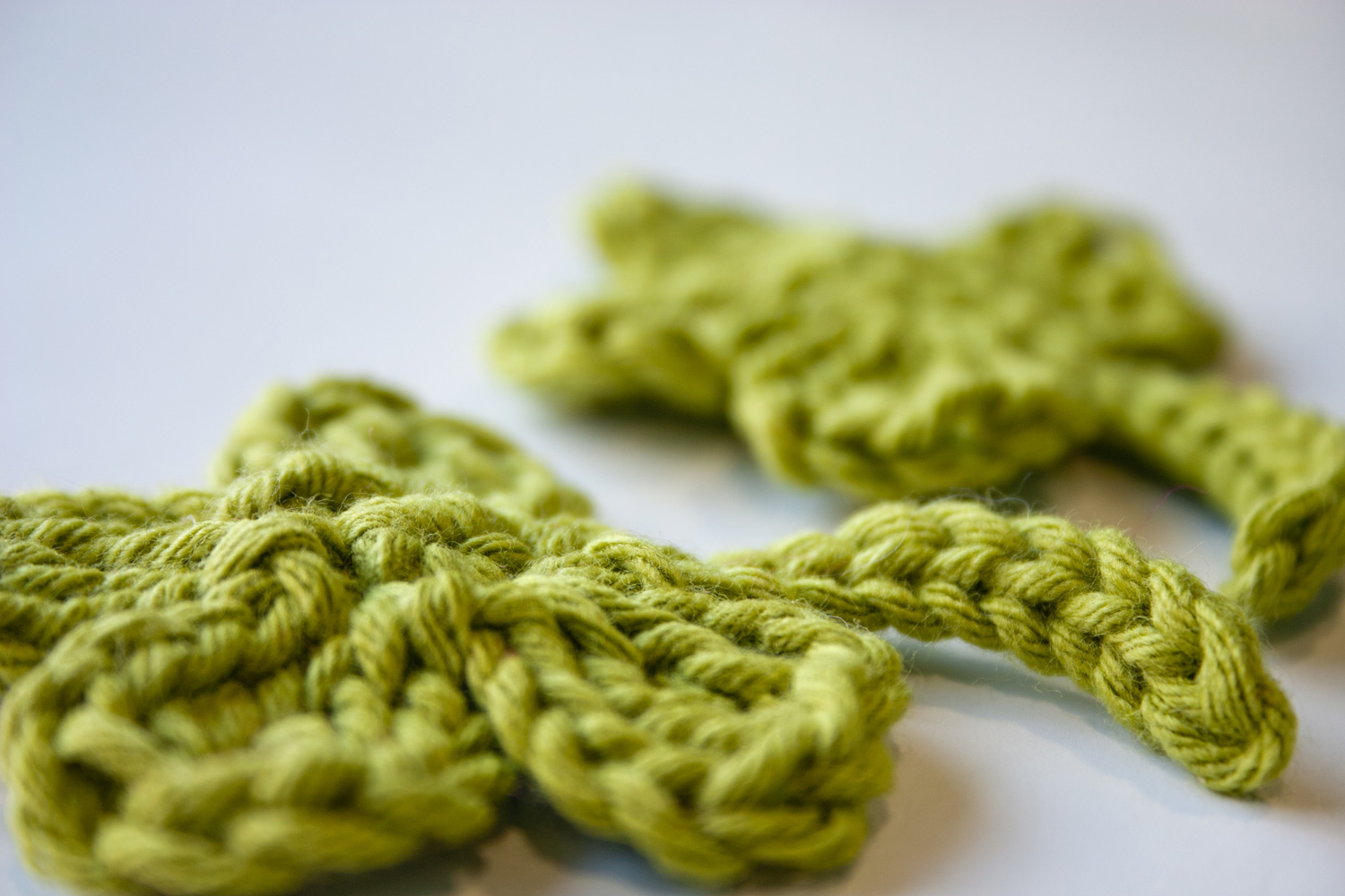 Free Crochet Patterns Four Leaf Clover : One&Two Company: FREE Clover Applique Crochet Pattern