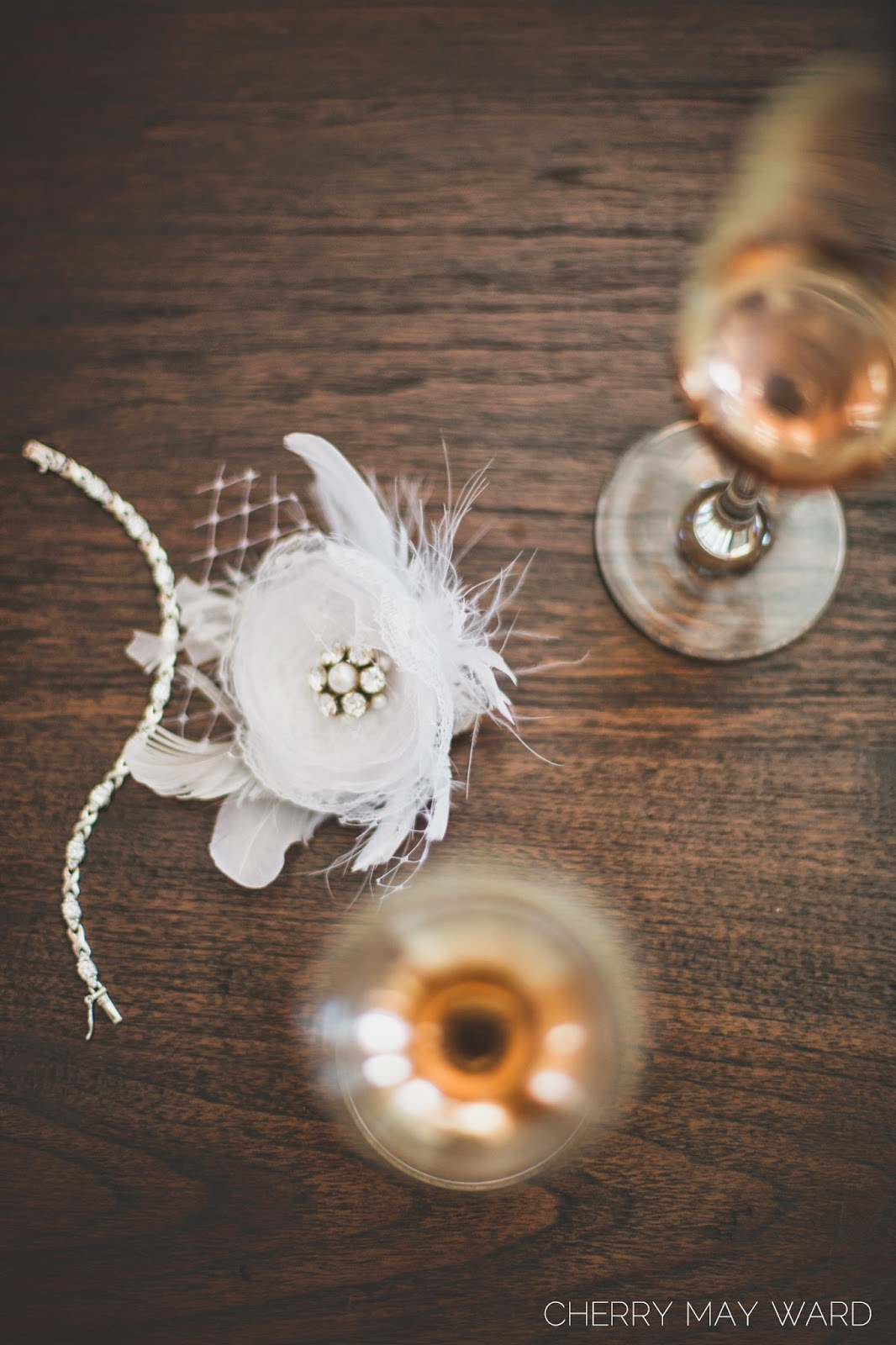 brides hair piece, Koh Samui, short hair bride, wedding details, detail photograph, sparkling wine with bracelet and hair piece