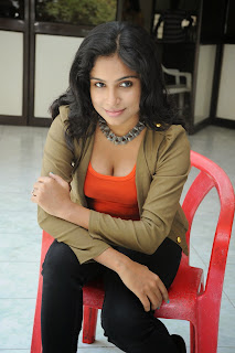 Vrushali Sizzling Picture shoot 023.JPG