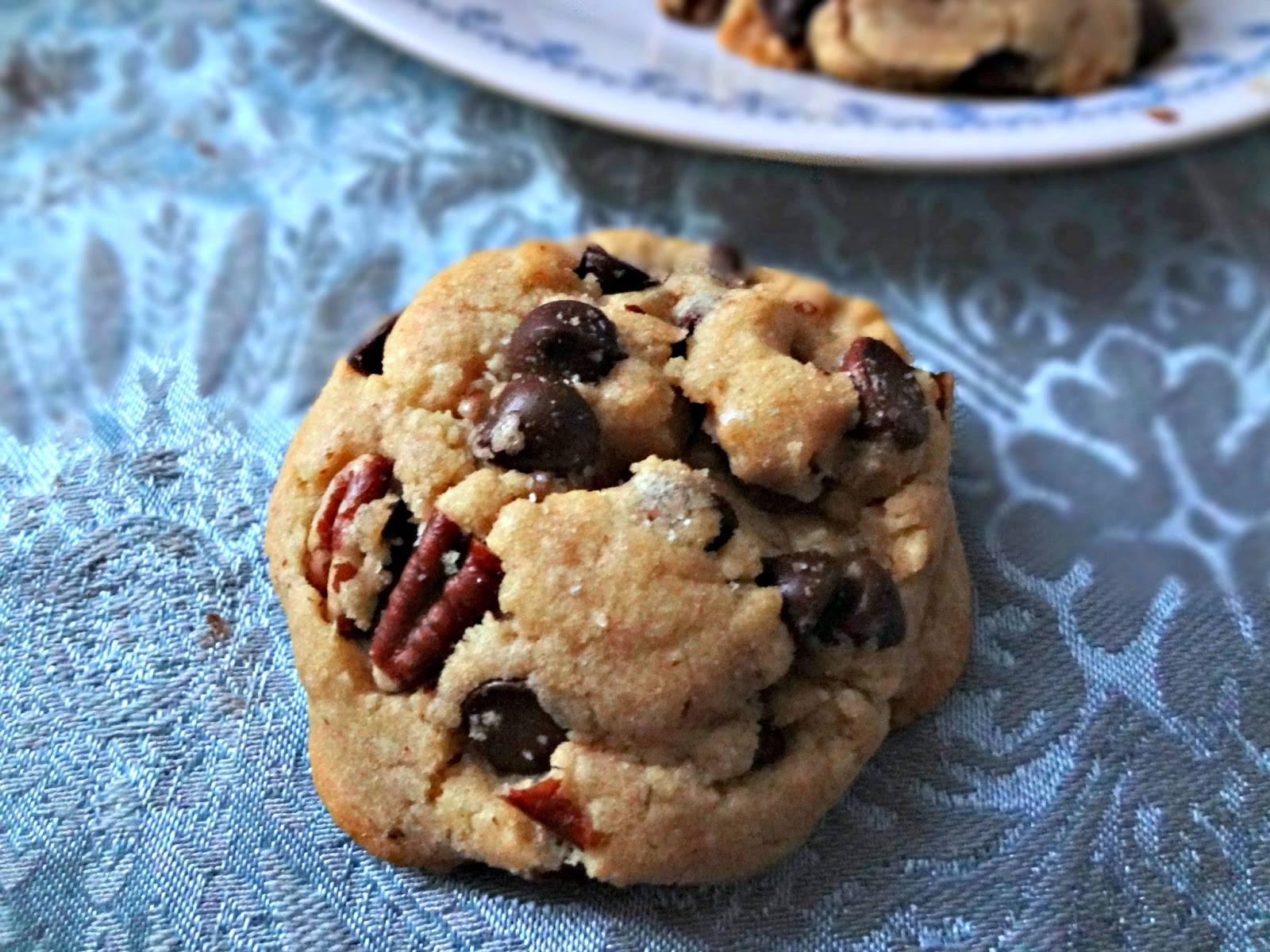 Brown Butter Chocolate Chip & Pecan Cookies: Spotlight on The Messy ...