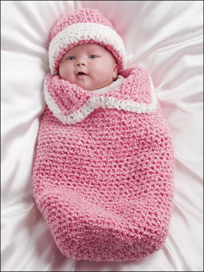 roseenxovais conjuntinhos para o bebe de trico. Black Bedroom Furniture Sets. Home Design Ideas