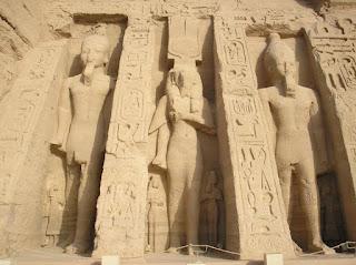 Templo de Hator. Templos egipcios. Egipto antiguo. Arte en egipto