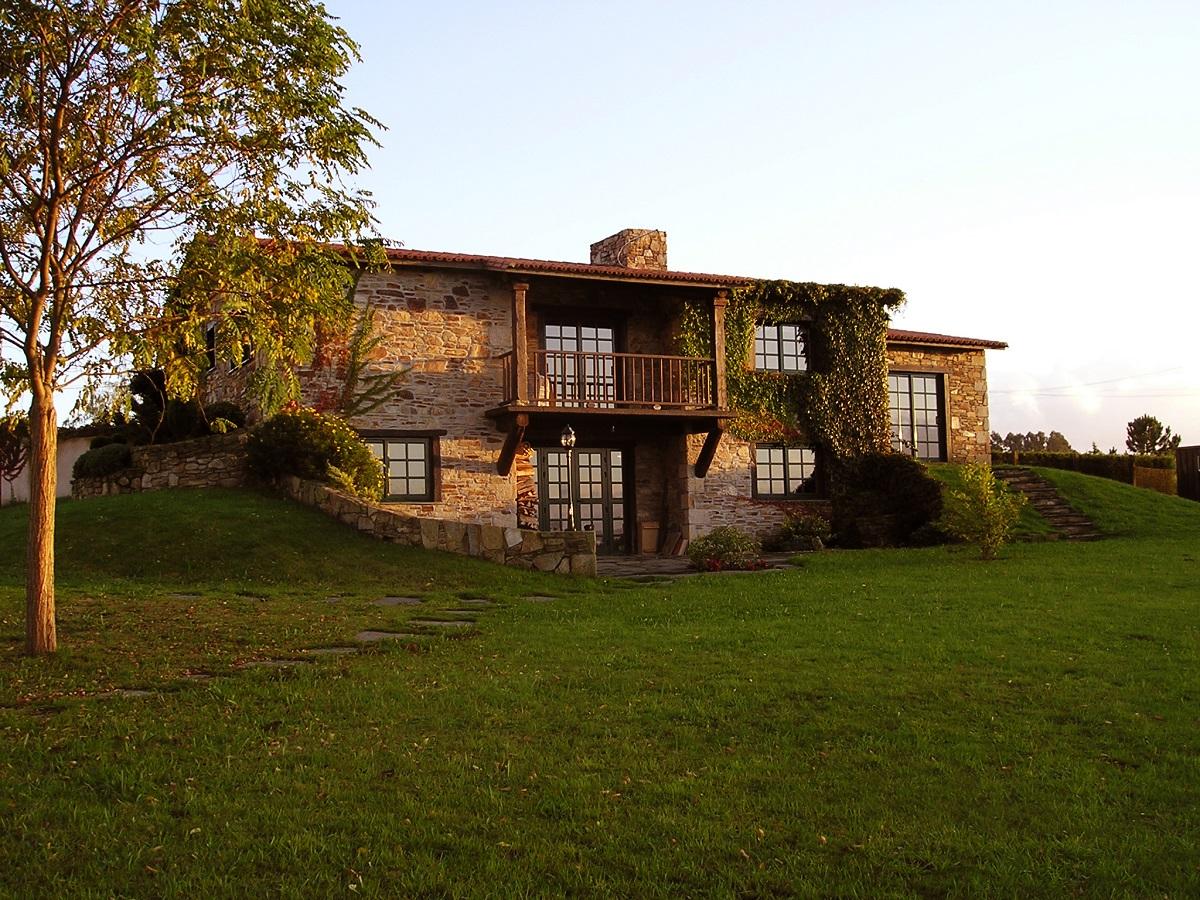 Construcciones r sticas gallegas casa en bergondo - Casas rusticas gallegas ...