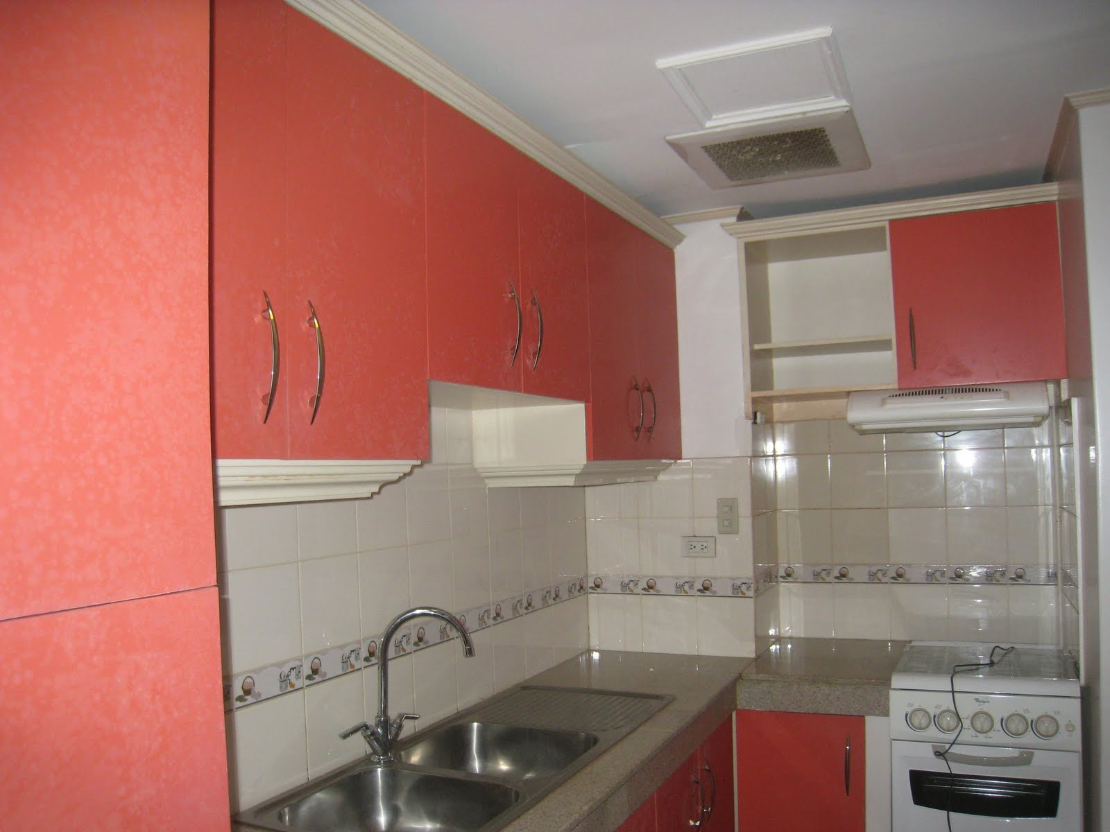 Philippines one stop realty finds for Built in place kitchen cabinets