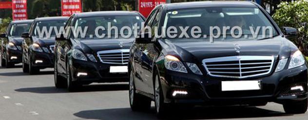 Cho thuê xe 4 chỗ Mercedes E300