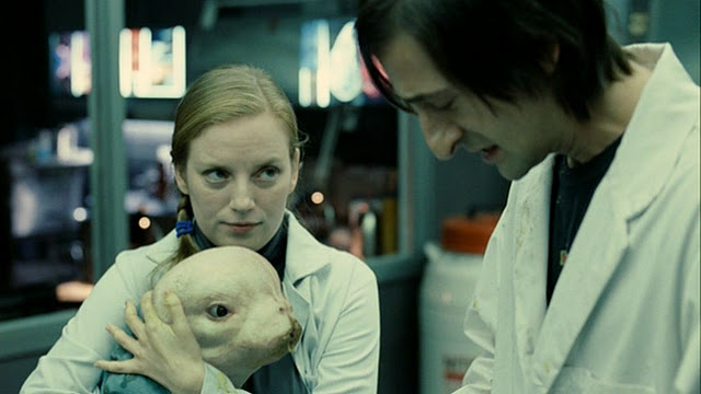 issue of maternal desire in the film alien Alien: covenant is the eighth film to feature the legendary  after dealing with a  variety of studio and lawsuit-related issues, giler and hill began  colonial  marines, and that plumbed all sorts of maternal-instinct dynamics.