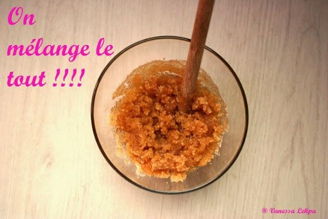 recette en photo du gommage au sucre et au miel pour le corps et le visage