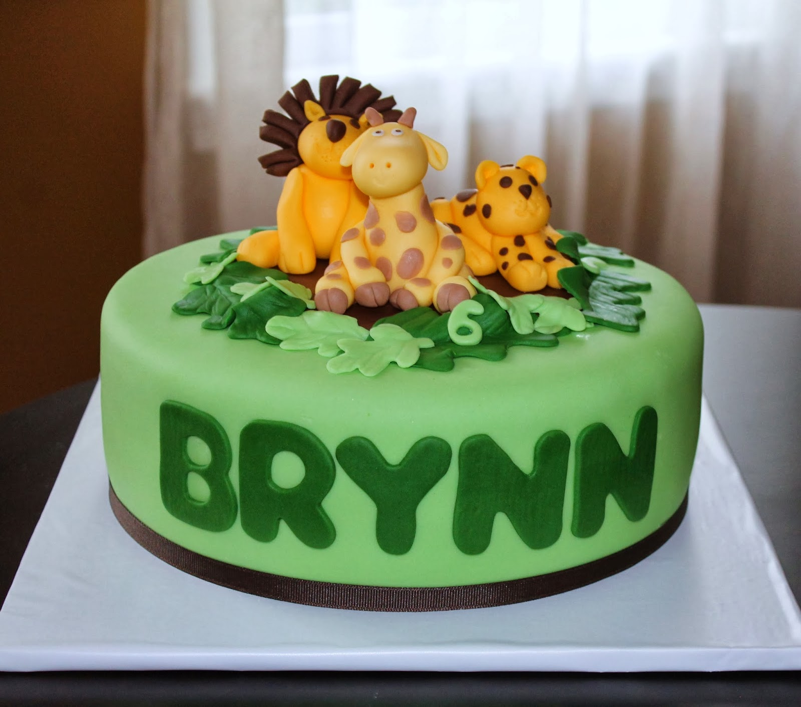Creative Cakes By Lynn Zoo Animal Cake