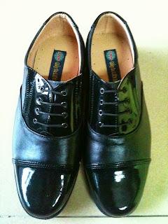 Bán Nón Bảo Hiểm Công An, Giày Công An, Áo Mưa Công An, Vớ Công An - 9