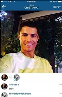 """A """"vítima"""" do português na rede social foi a modelo Meredith Mickelson. Em seu Twitter, Meredith, que tem mais de 10 mil seguidores, compartilhou a investida de CR7. Ele mandou uma mensagem privada """"puxando assunto"""" com a moça."""