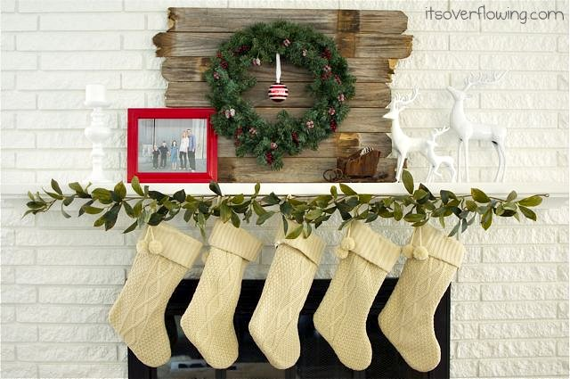Modern Country Christmas Mantel