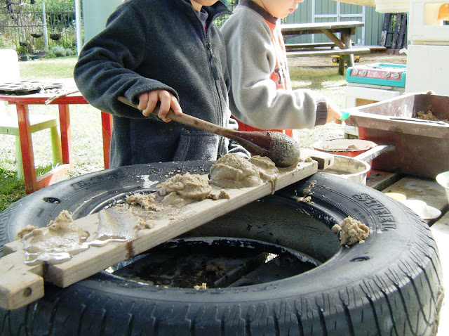 let the children play : mud kitchen
