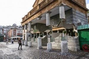 Mengagumkan, Ada Gedung Kuno Melayang Di London