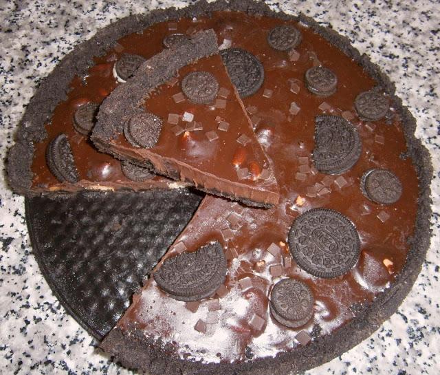 Tarta de chocolate y oreo. (facil y sin horno)