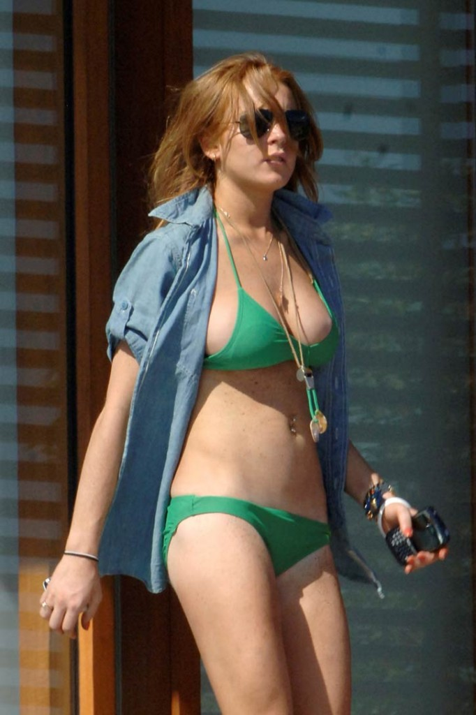 super hollywood lindsay lohan hot photoes and images gallery 2012