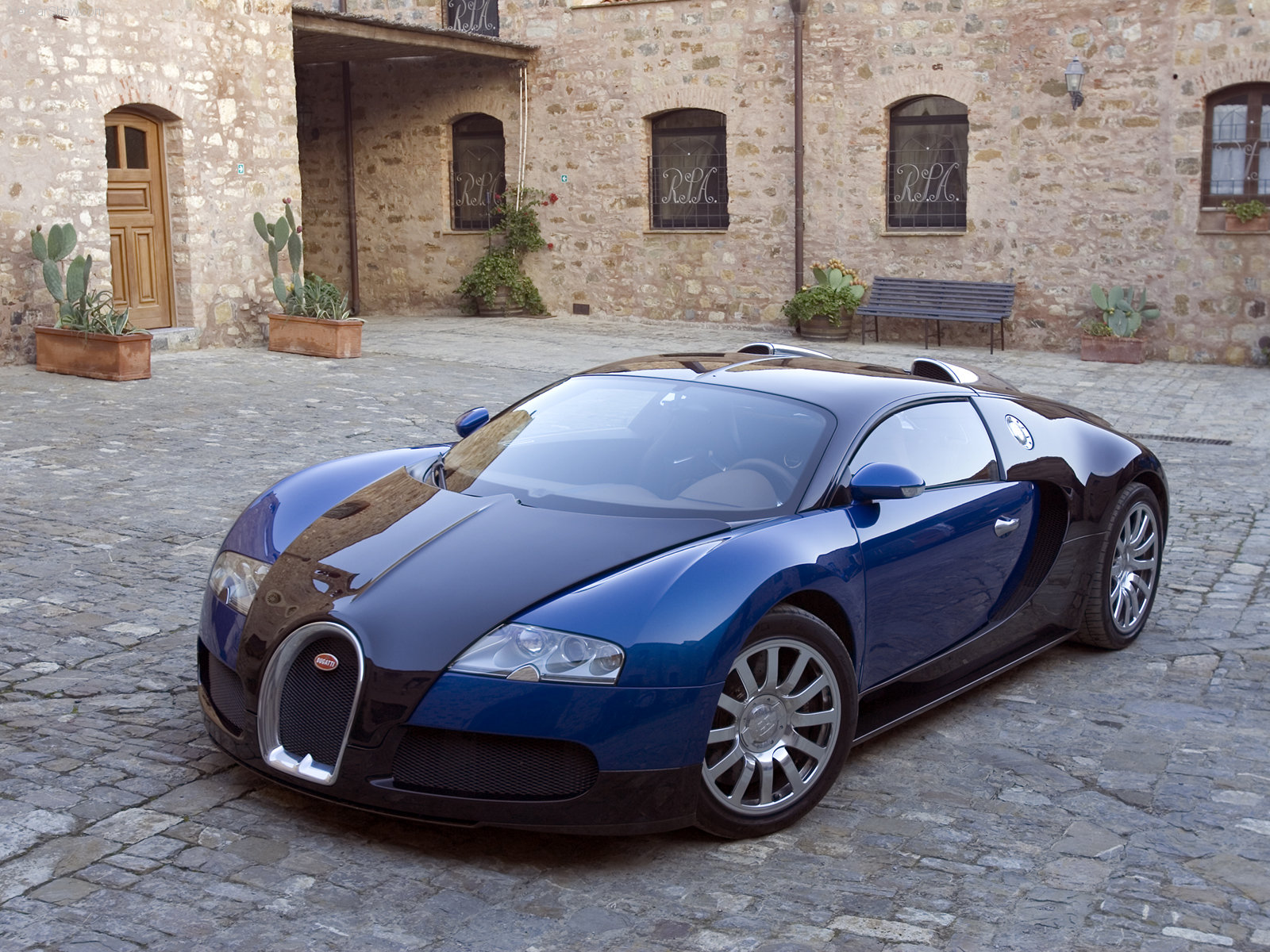 stunning-Bugatti-Veyron-wallpaper-8 Inspiring Bugatti Veyron Quarter Mile Speed Cars Trend