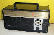 "Radio kuno National "" Macan"""