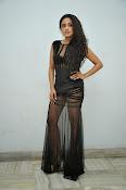 Vriti Khanna sizzling photos gallery-thumbnail-6