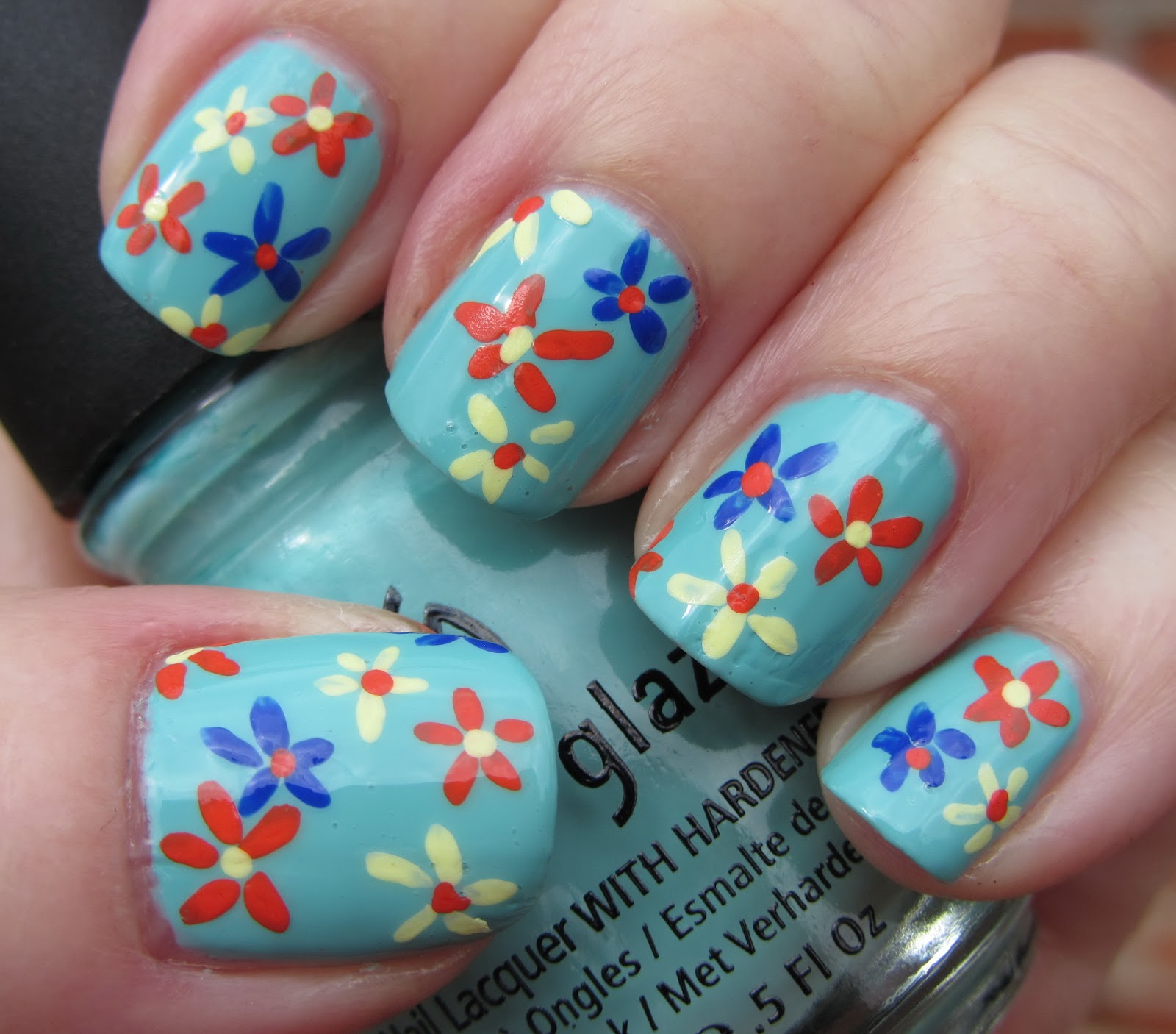 Flower Nails: Marias Nail Art And Polish Blog: Flowers For Audrey