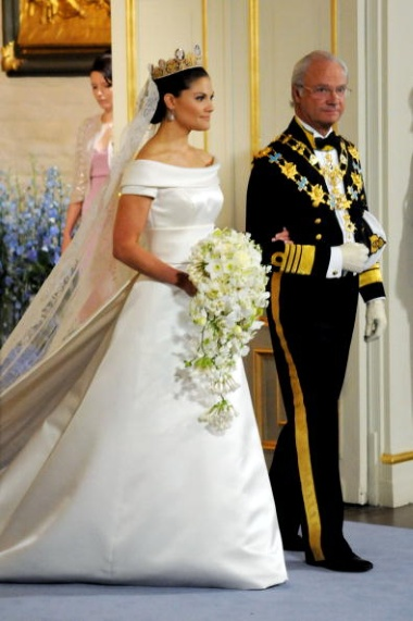 Queen Silvia And King Carl XVI Gustav Of Sweden Wedding 1976 Wore Christian Dior Haute Couture By Marc Bohan