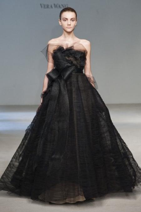 Black Rose Wedding Dresses : Romantic and glamorous ball gown black wedding dress g