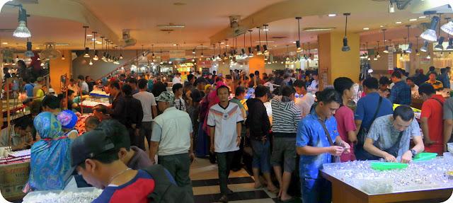 Jakarta Gems Center Rawa Bening