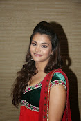 Naziya hussain latest glamorous photos-thumbnail-17