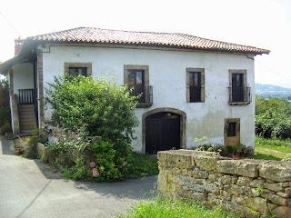 Tiñana, Casona Palacio