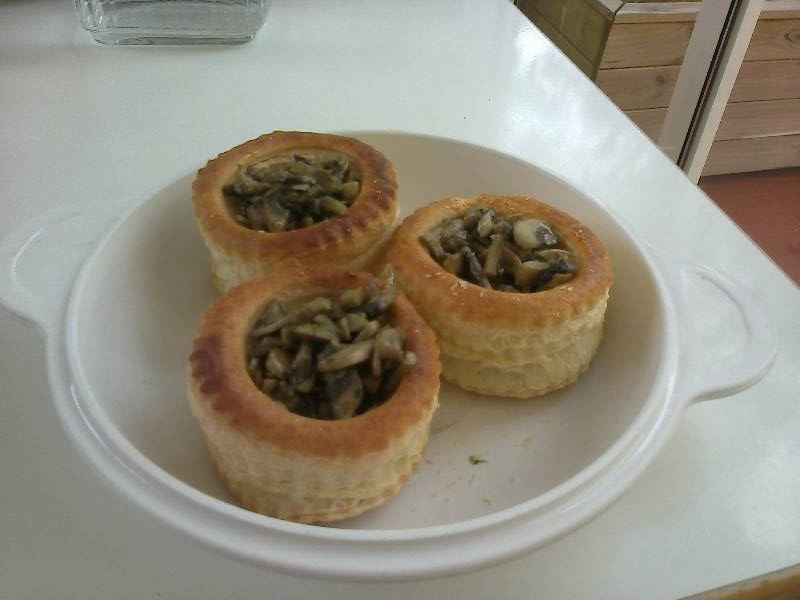 Alb ndigas con salsa de hongos o ceps - Acompanamiento para albondigas ...
