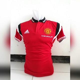 jual online jersey musim depan baju t shirt polo berkerah Baju bola Polo Manchester United warna merah terbaru musim 2015/2016