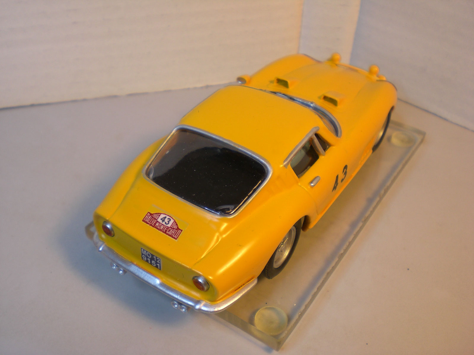 Migioslot ferrari 275 gtb montecarlo 1966 for Ferrari cerniere