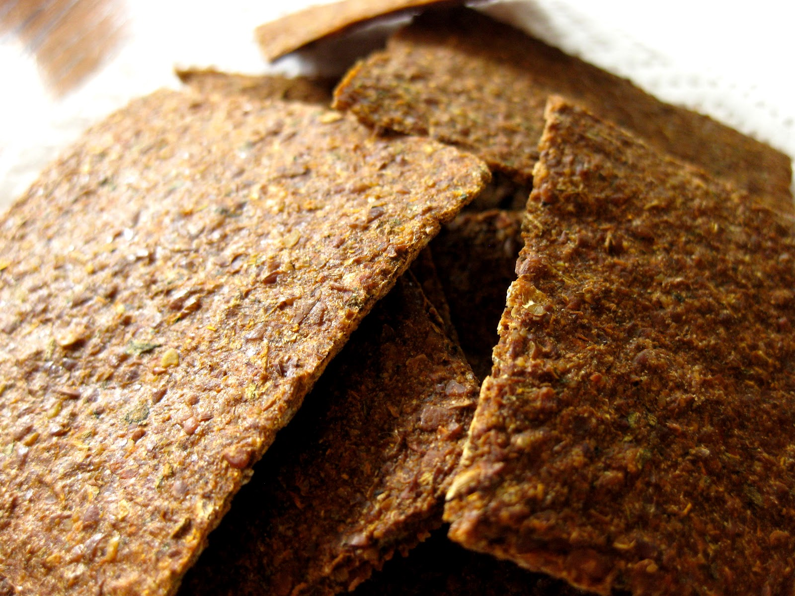 Sun Dried Tomato Basil Crackers