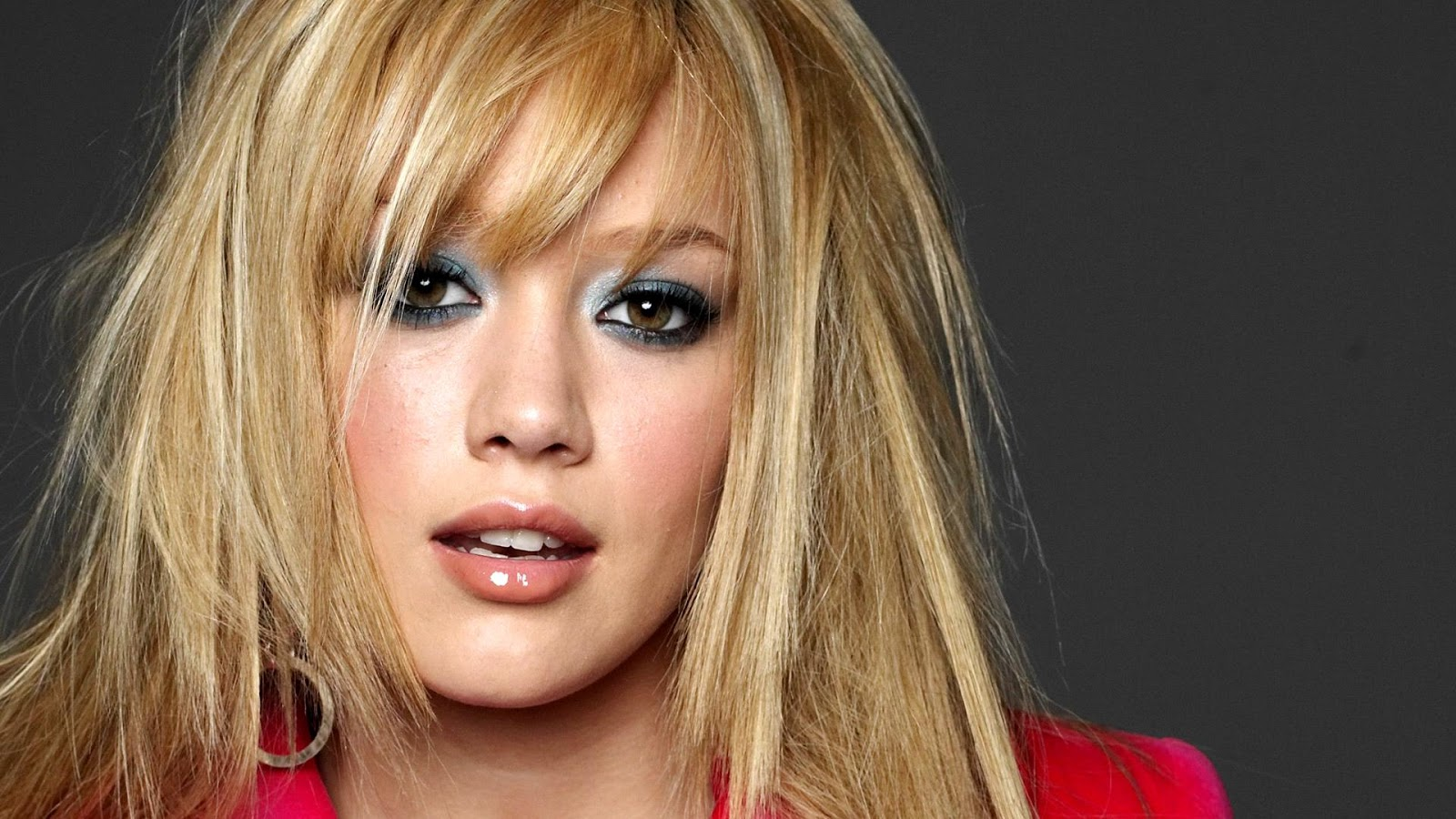 Hilary Duff in Makeup