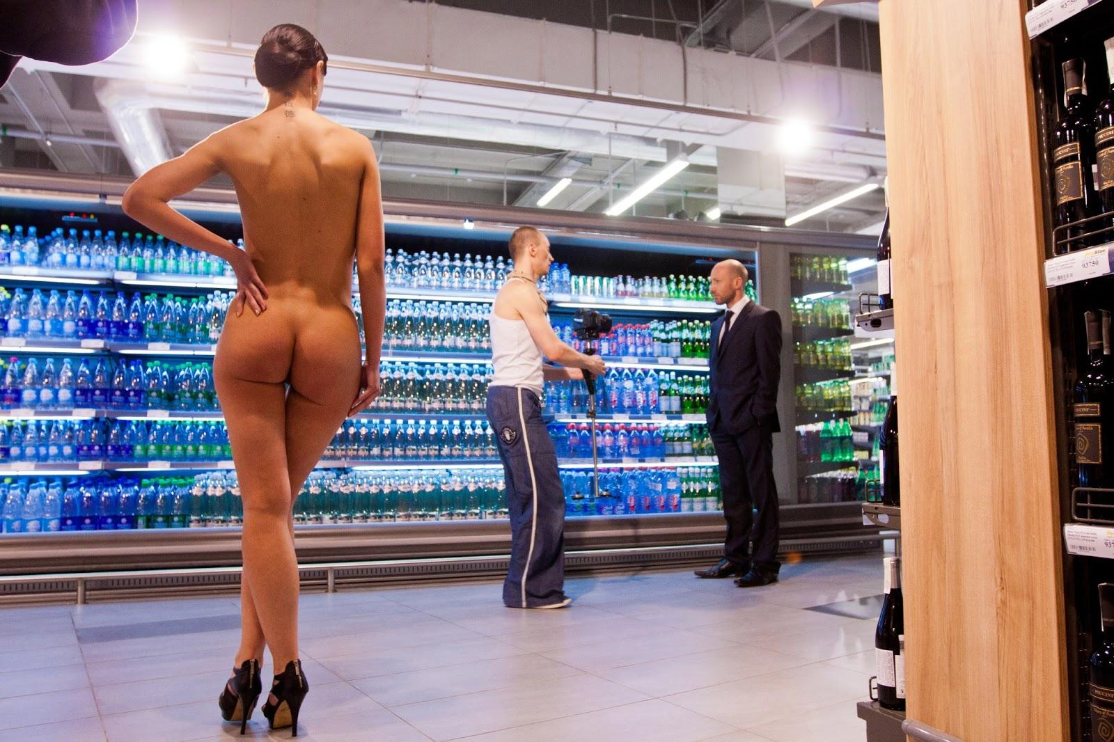 Фото и клипы голых женщин 26 фотография