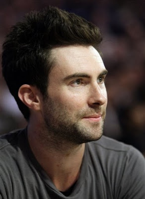 ADAM LEVINE SHORT SPIKY SPIKE HAIRSTYLES HAIRCUT