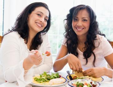 من الأفضل ليقدم لك النصائح في الحب  - اصدقاء نساء بنت فتيات - woman girls friends