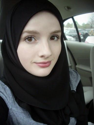 Foto Anak SMP Cantik Berjilbab Islami