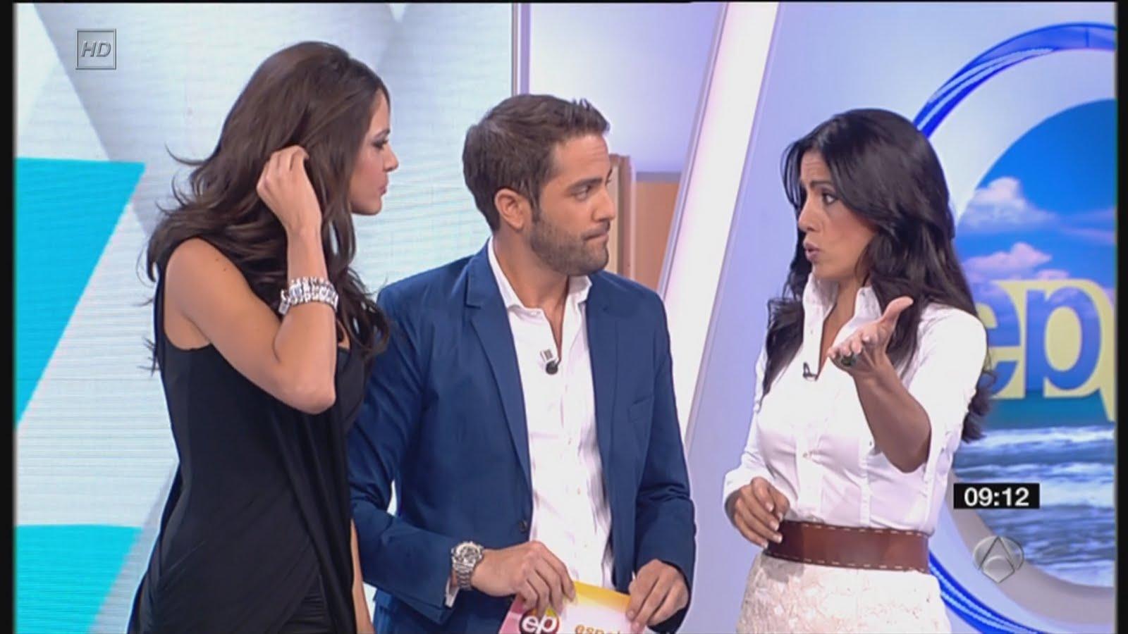 Presentadoras fernando alicia senovilla y romina for Espejo publico verano
