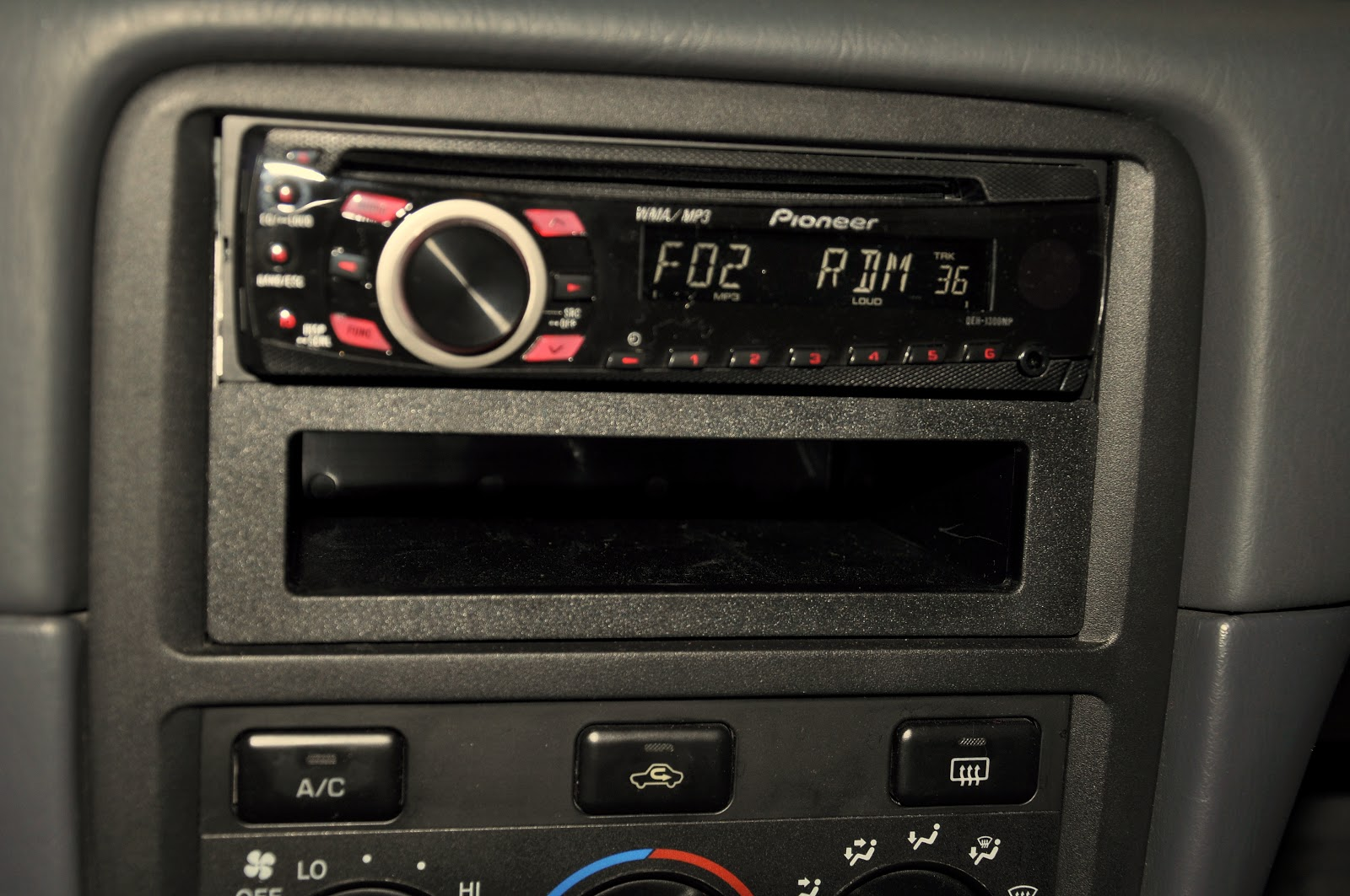 car audio 2000 toyota camry 2000 2002 toyota camry cd player installation. Black Bedroom Furniture Sets. Home Design Ideas