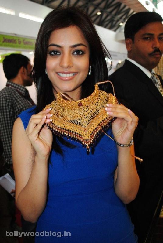Nisha Agarwal at Gems amp Jewellery Expo hot photos