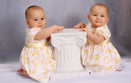 Necesitas algún consejo sobre nombres de gemelas?