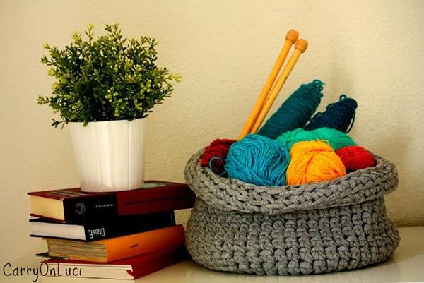 http://carryonluci.blogspot.com.es/2012/10/diy-cesto-de-trapillo-ii.html