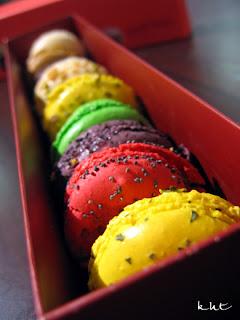 Gerard-Mulot-macarons-in-a-box