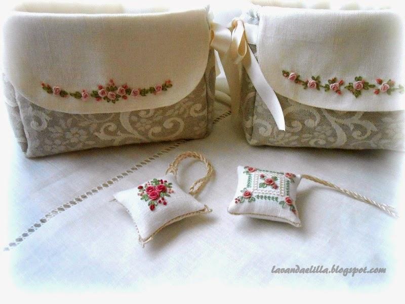 Lavanda e lill sempre roselline cuscinetti e porta aghi - Porta cuscinetti ...