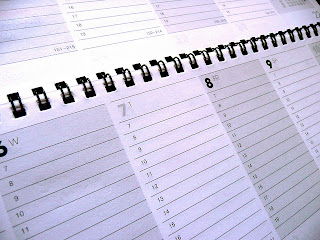 Image of calendar taken by Photo Steve 101 and released under Creative Commons