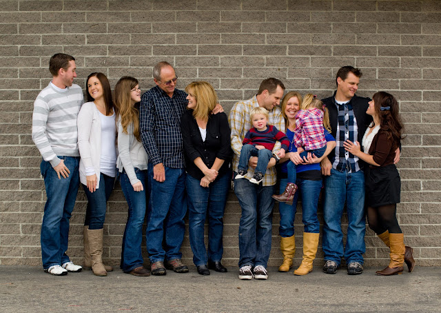 Large family photo shoot