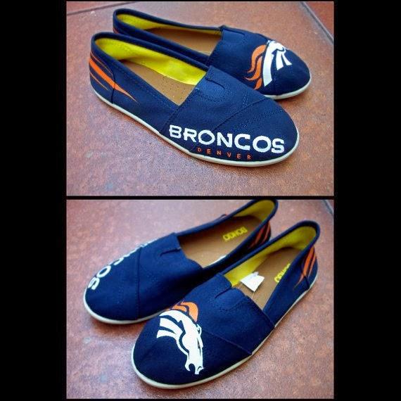 https://www.etsy.com/listing/156931361/denver-broncos-handpainted-shoes?ref=favs_view_2