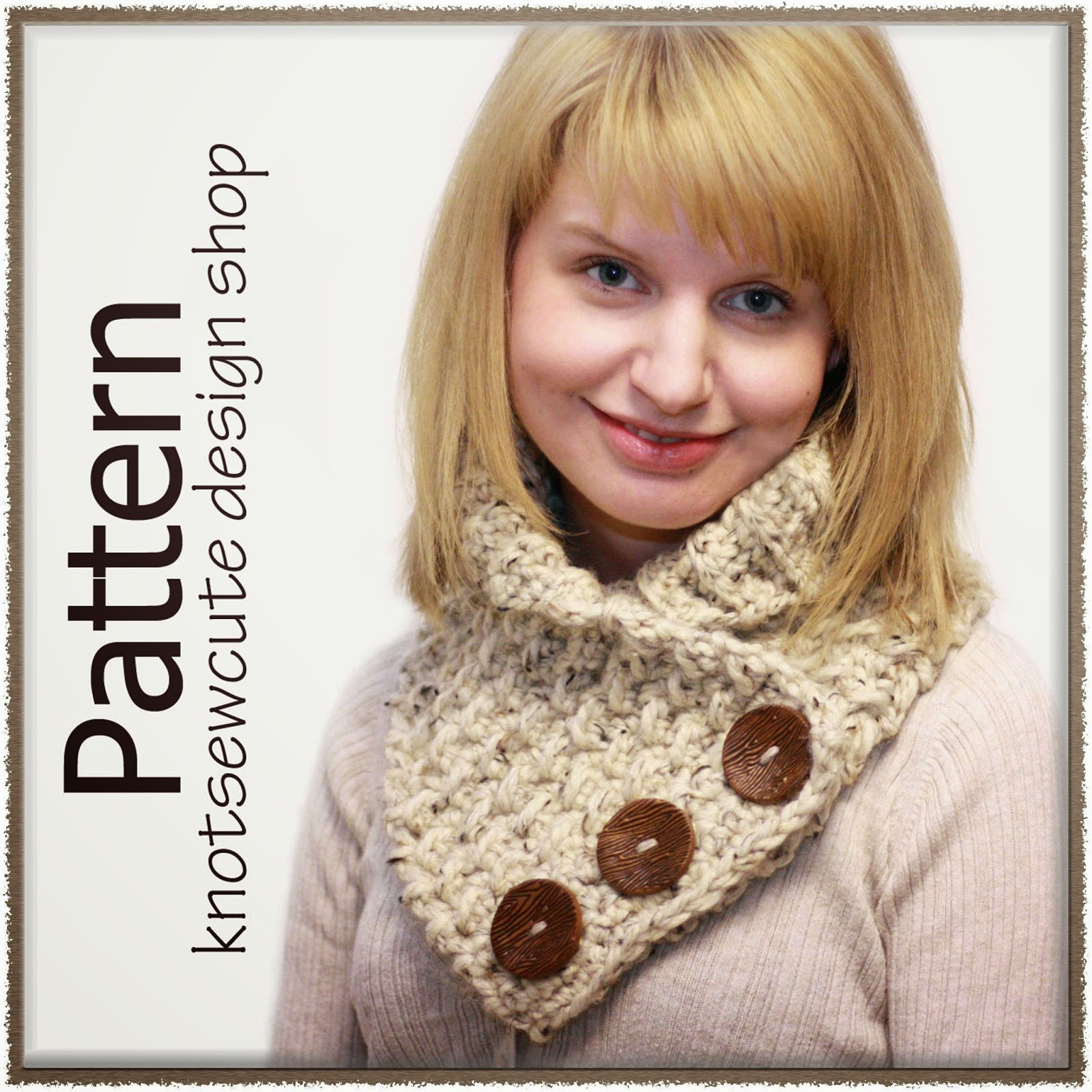 http://www.ravelry.com/patterns/library/weekend-cowl-2
